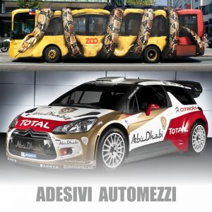 Questi sono due ottimi esempi di Adesivi per auto e moto su auto sportiva e autobus!